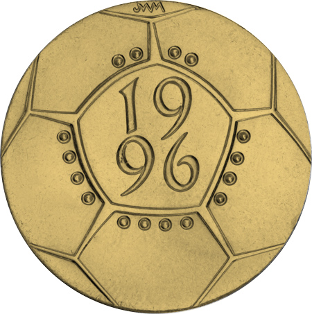 euro 1996 reverse - You don't have to love football to love this £2 coin...