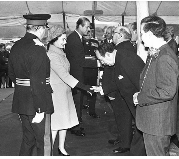 queen opens royal mint - 50 years of The Royal Mint at Llantrisant... The move to decimalisation