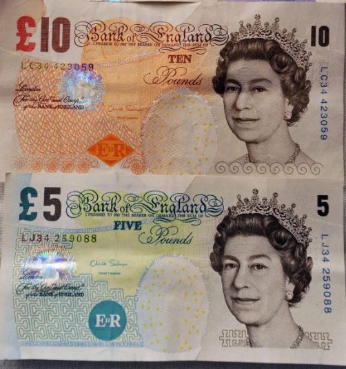 £1.5bn worth of old banknotes still in circulation!